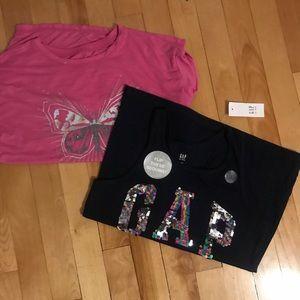 Size L Gap shirts